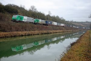 Train Bettembourg - Le Boulou - Lorry Rail - Canal